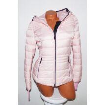 Steppelt kapucnis dzseki 30784f7021