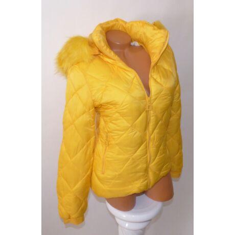 cae700c373 Sárga színű bélelt, kapucnis kabát - Dzseki / Kabát - Luna Gardrobe ...