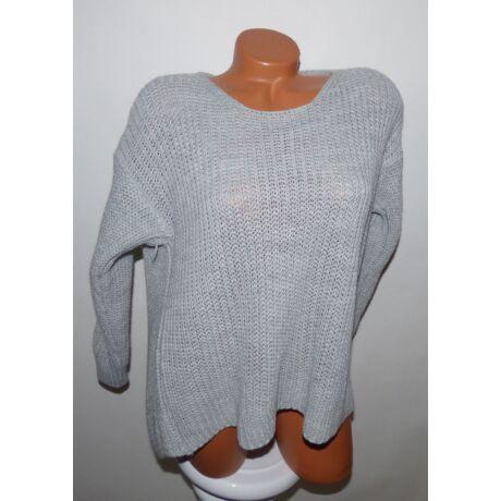 Hátán csavart kötött pulcsi - Póló   Pulóver - Luna Gardrobe Női ... 0a06fd1f50