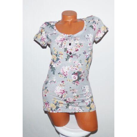 d2bf290a15 Virágmintás gombos felső - Póló / Pulóver - Luna Gardrobe Női ruha ...