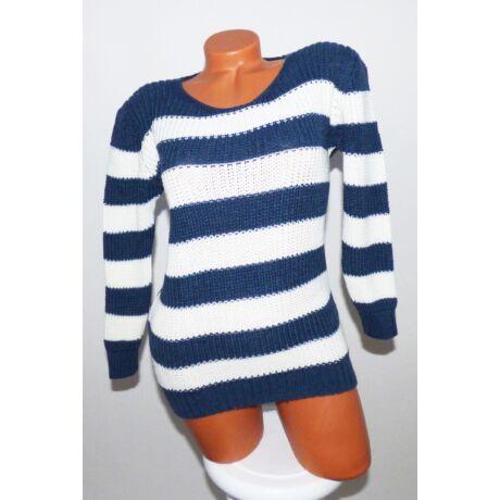 Csíkos kötött pulóver - Póló   Pulóver - Luna Gardrobe Női ruha ... de90cebe98