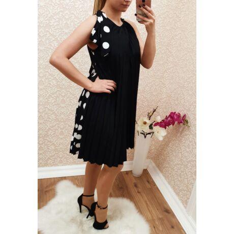 3d417fd0c4 Pliszírozott , pöttyös ruha - Ruha - Luna Gardrobe Női ruha ...
