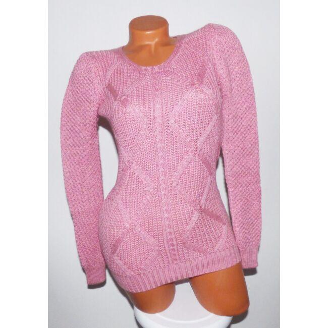 Rombusz mintás, kötött pulóver