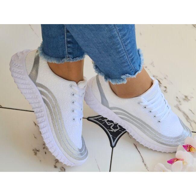 Ezüst csíkos, csillogós sportcipő