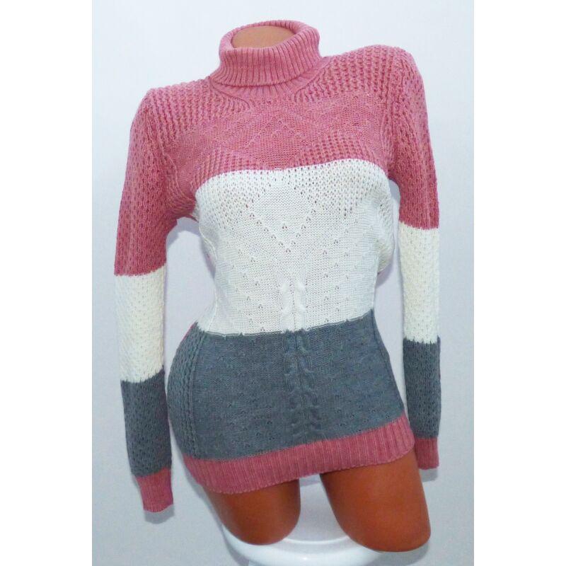 Garbós kötött pulóver