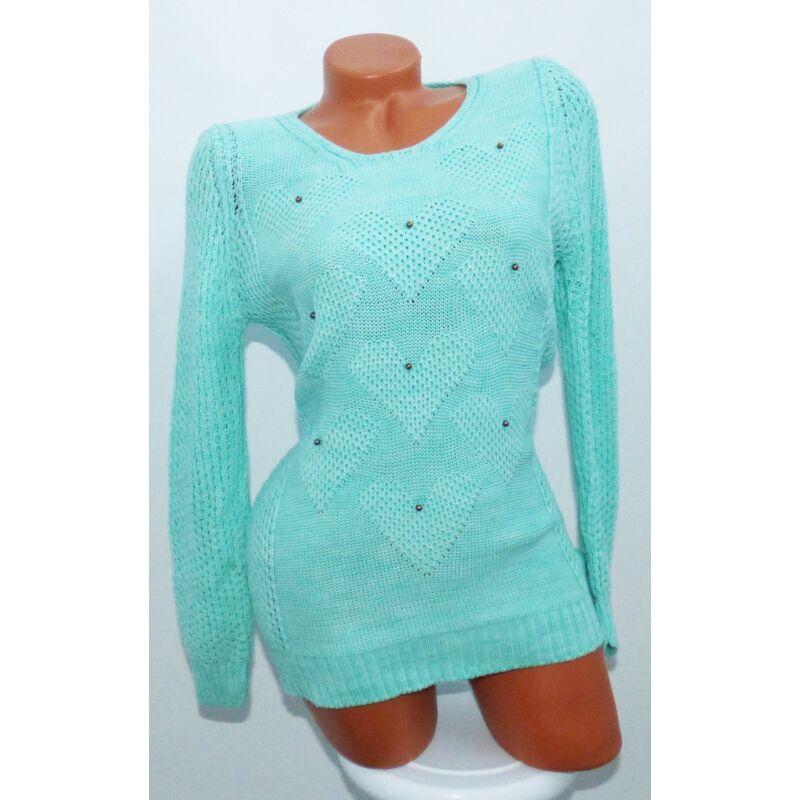 Szívecskés kötött pulóver