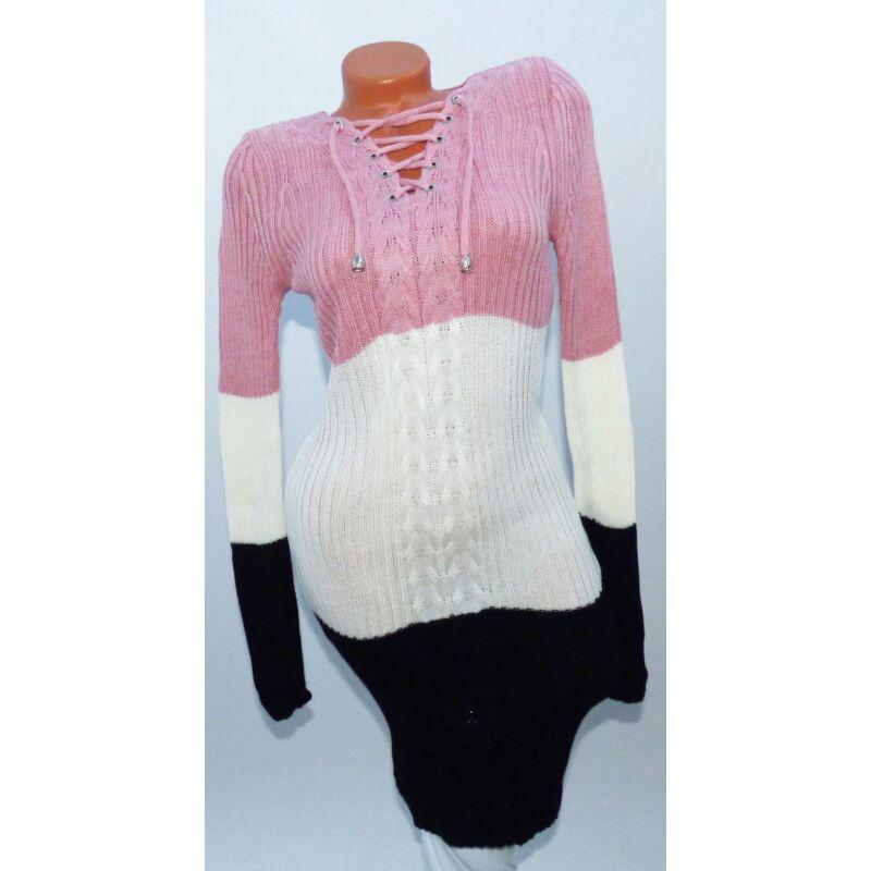 Fűzős kötött ruha