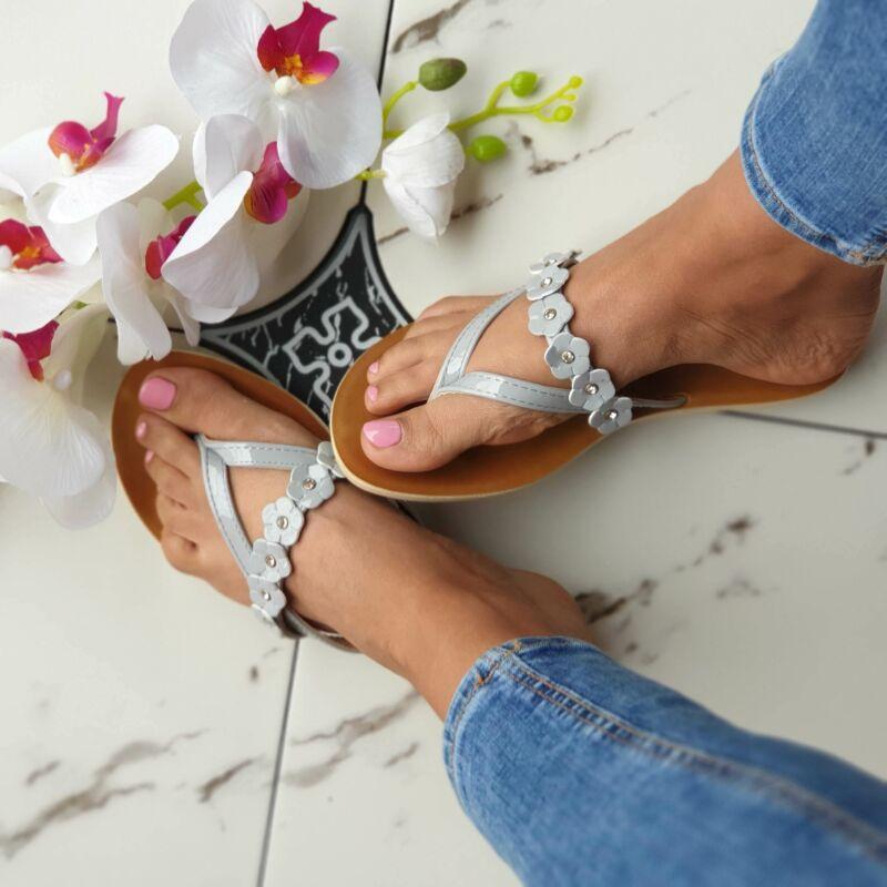 Virágmintás lábujjas papucs