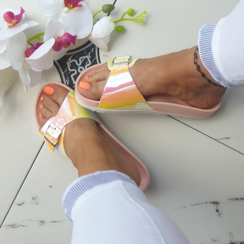 Hologramos papucs
