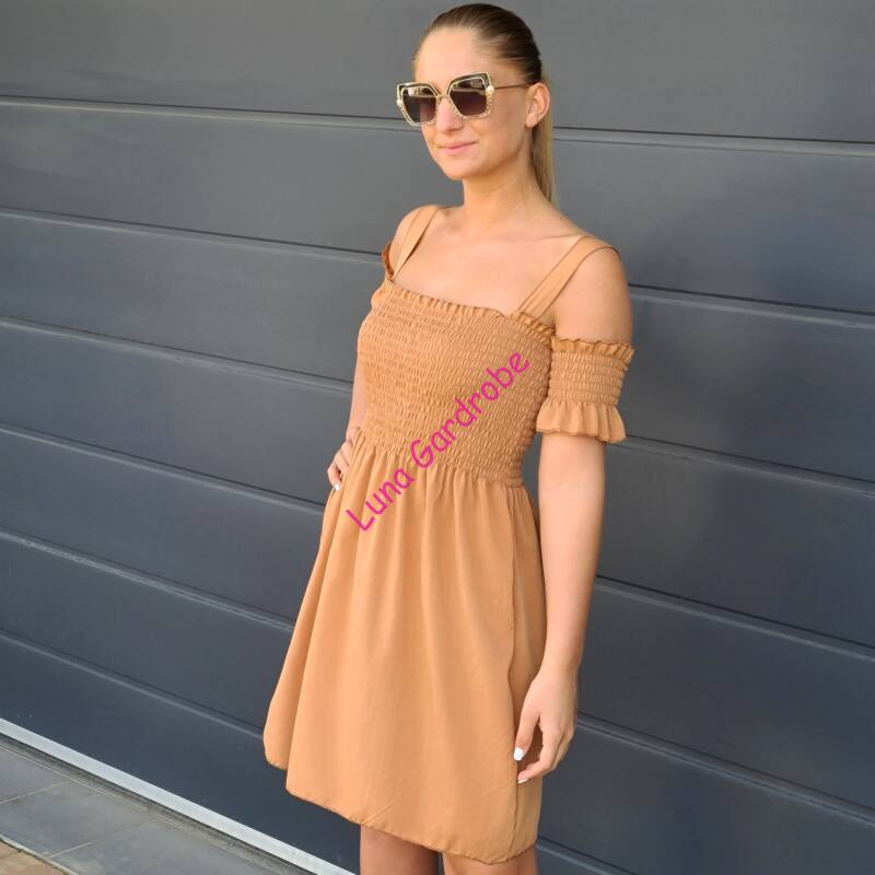 Gumis nyári ruha
