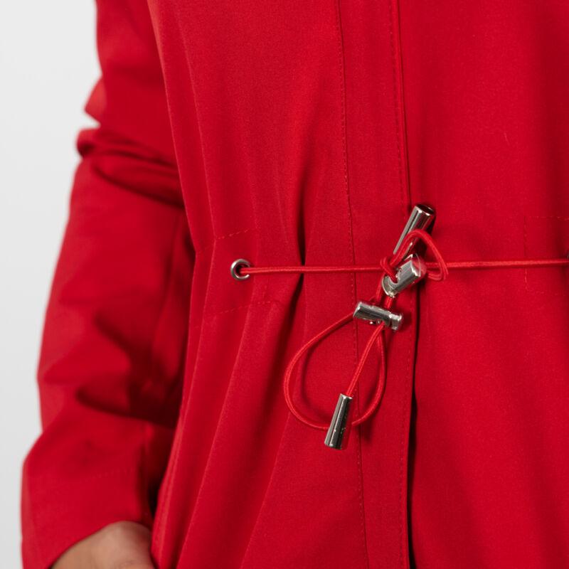 A vonalú, deréknál behúzós hosszított dzseki