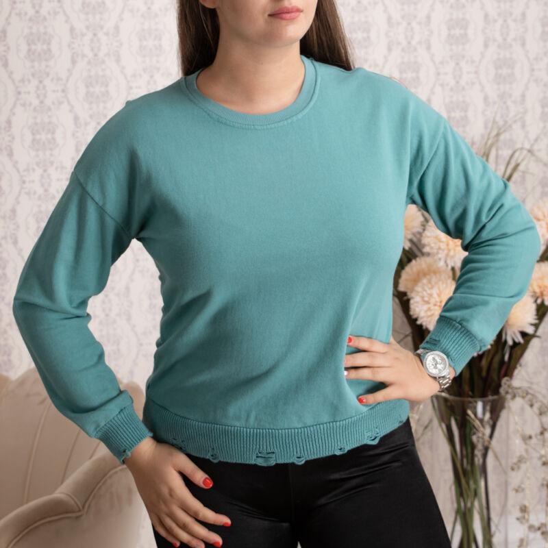 Bordázott, enyhén szaggatott pulóver