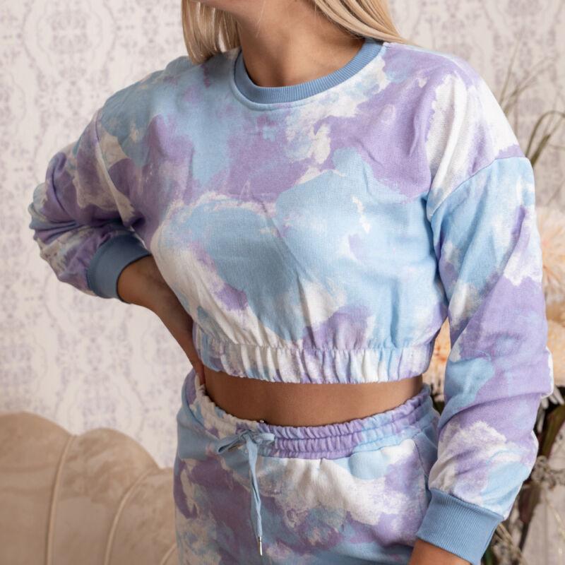 Batikolt, deréknál gumis pulóver
