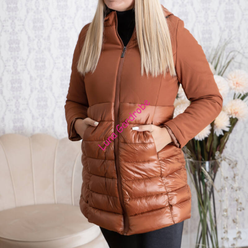 Steppelt, kapucnis, hosszított csokibarna kabát