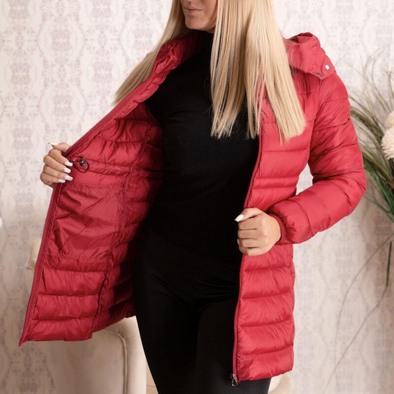 Bordó színű, steppelt, kapucnis, hosszított dzseki