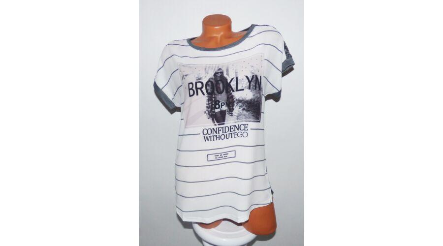 Brooklyn feliratos felső - Póló   Pulóver - Luna Gardrobe Női ruha WebÁruház e1d6168211