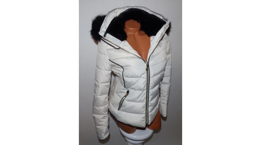 ca2a5fbbf1 Fekete szőrmés kabát - Dzseki / Kabát - Luna Gardrobe Női ruha ...