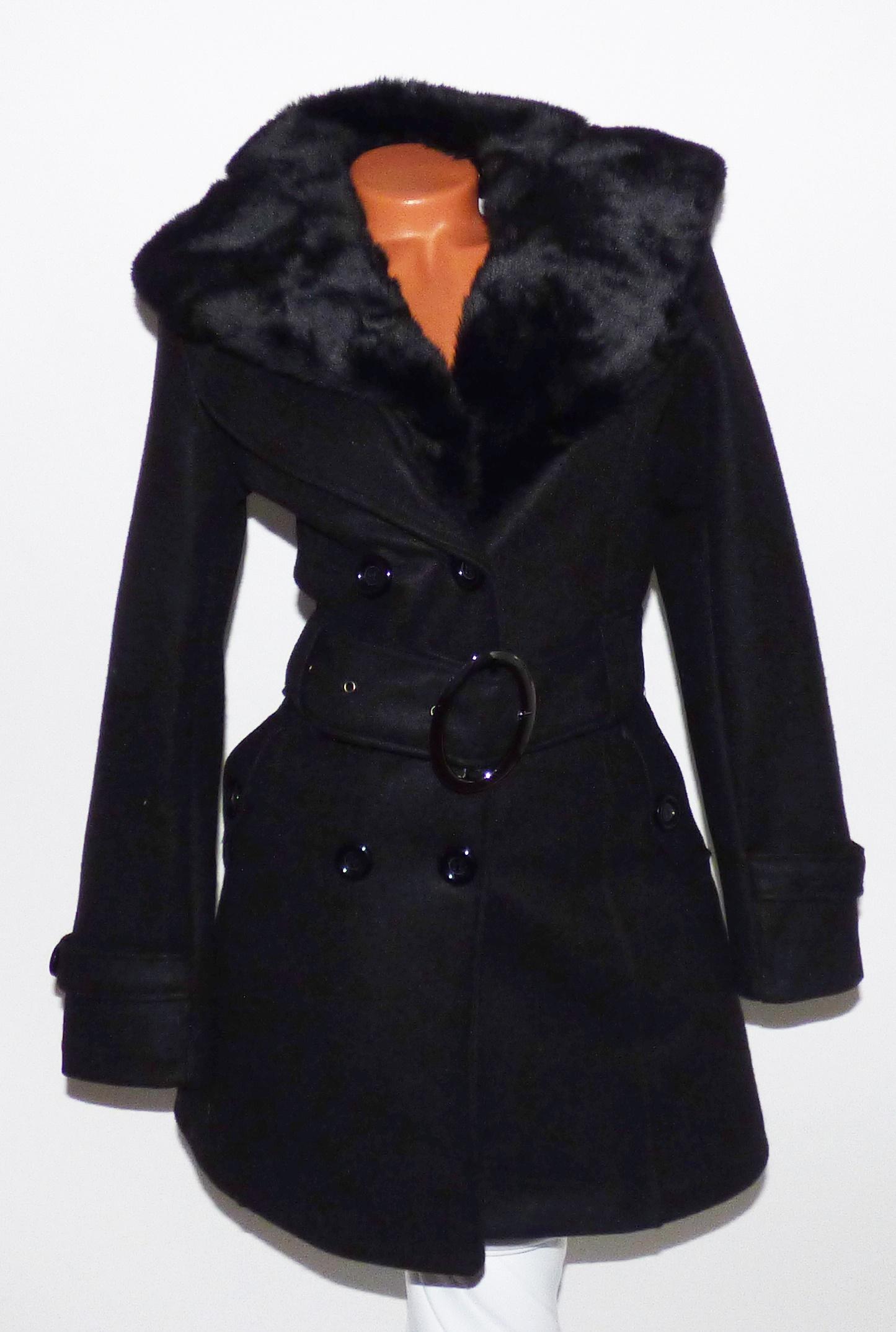b4355be0a7 Szőrmés szövetkabát + öv - Dzseki / Kabát - Luna Gardrobe Női ruha  WebÁruház, Akciós - olcsó női ruha, Női ruha webshop, Online trendi -  divatos ruha